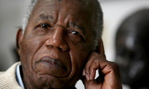 Chinua Achebe, Comment